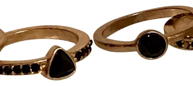 Item - Gold with Black Gemstones Stackable Ring