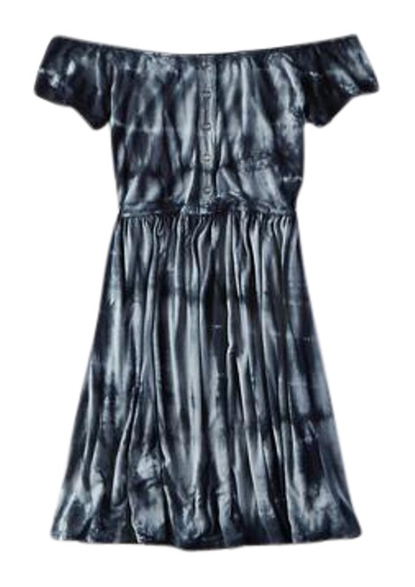 Preload https://img-static.tradesy.com/item/21408607/american-eagle-outfitters-blue-soft-and-sexy-tie-die-short-casual-dress-size-4-s-0-1-650-650.jpg