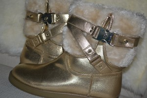 Guess Size 9.5 Fleece-lined gold Boots