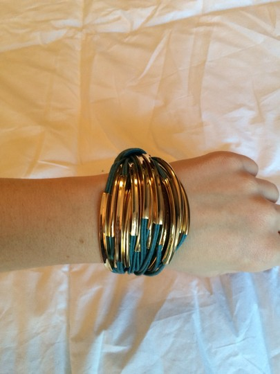 Purchased from Joss and Main Saachi brand new gold leather bracelet Image 3