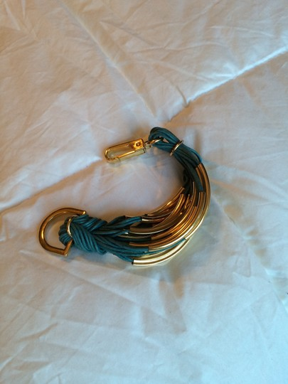 Purchased from Joss and Main Saachi brand new gold leather bracelet Image 6