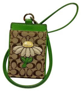 Coach NWOT Signature Daisy ID Credit Card Badge Holder Lanyard