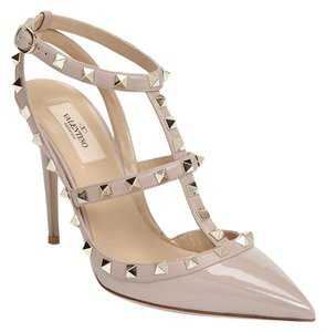 Valentino Studded Rockstud Heels Poudre Patent/Blush Pumps
