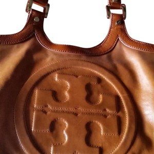 Tory Burch Tote in Camel