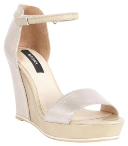 Bronx light gold Wedges
