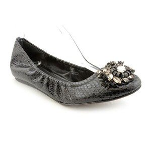 Vera Wang Lavender Label Padded Insoles Jeweled Embellished Ballet Landyn Black Flats