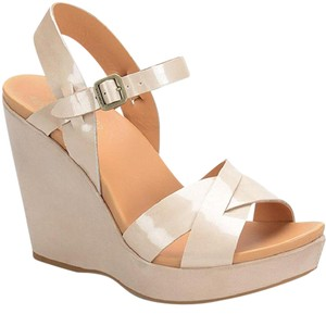Kork-Ease Leather Wedge tan and icream Sandals