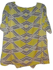 Worthington Abstract Shortsleeves No Collar Top Yellow, Black and White