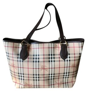 Burberry Canvas Totes - Up to 70% off at Tradesy 4c9f15329ef10