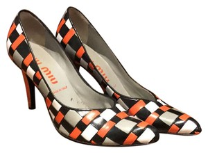 Miu Miu multi Pumps