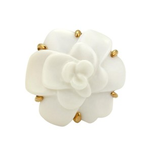 Chanel Camellia Large Carved White Agate 18k Yellow Gold Flower Ring Size 5