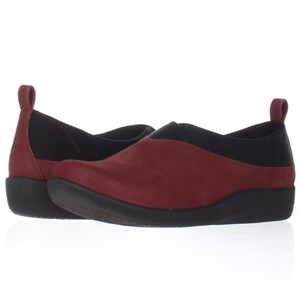 Clarks Red Flats