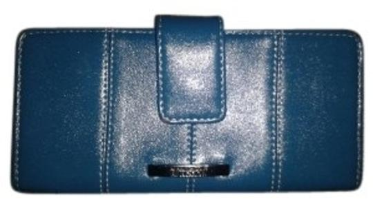 Preload https://item4.tradesy.com/images/kenneth-cole-blue-reaction-bi-fold-wallet-21418-0-0.jpg?width=440&height=440