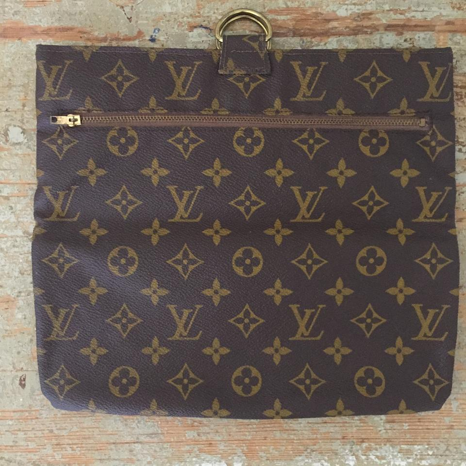 louis vuitton rare vintage cosmetics monogram clutch clutches on sale. Black Bedroom Furniture Sets. Home Design Ideas