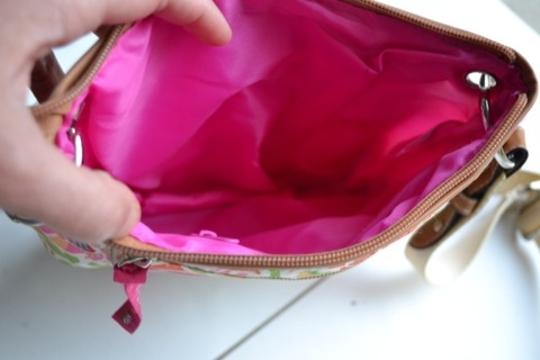 Lilly bloom Cross Body Bag Image 3