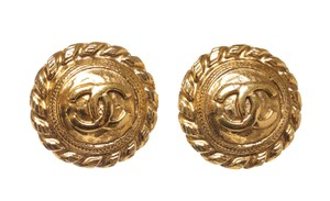 Chanel Chanel Gold CC Logo Disc Twist Edge Clip on Earrings