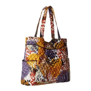 Vera Bradley Tote in Painted Feathers