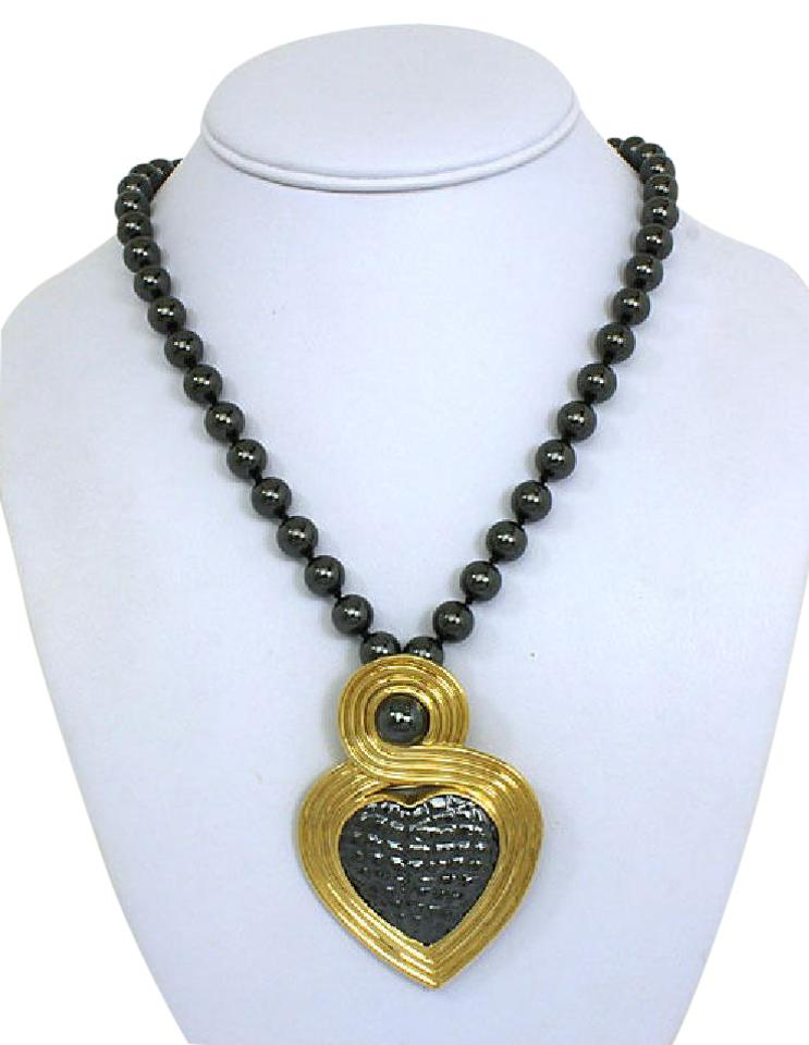33cc4cf348e Gucci 18k Yellow Gold   Hematite Heart Covertible Brooch   Pendant Necklace  Image 0 ...