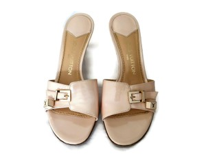 Louis Vuitton Patent Leather Logo Lv Pink Mules