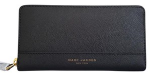 Marc Jacobs NEW Marc Jacobs men women Saffiano leather Continental Wallet Clutch