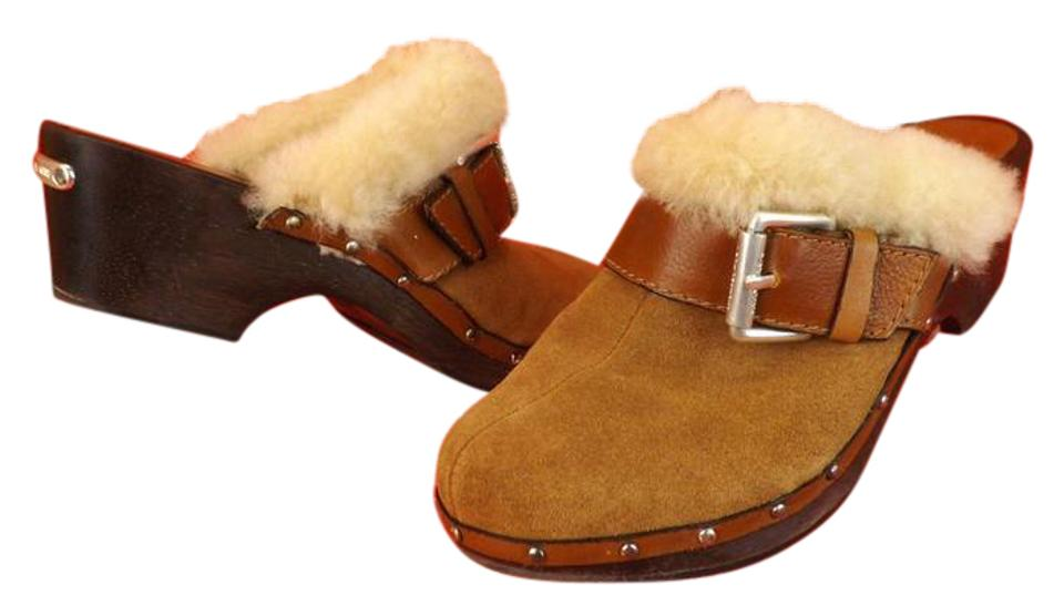 7736c3b7cfff7 Michael Kors Brown Suede Shearling Fur Trimmed Studded Wooden Clogs ...