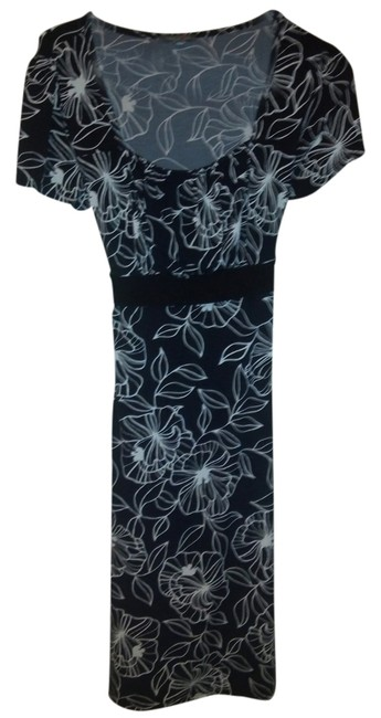 Preload https://item2.tradesy.com/images/apt-9-black-and-white-floral-knee-length-workoffice-dress-size-8-m-2142271-0-0.jpg?width=400&height=650