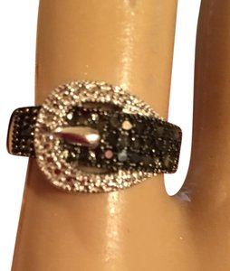 Victoria Townsend Black And White Diamond Belt Ring