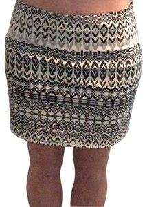 American Eagle Outfitters Mini Skirt Black and White