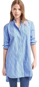 Gap Striped Button Down Shirt blue