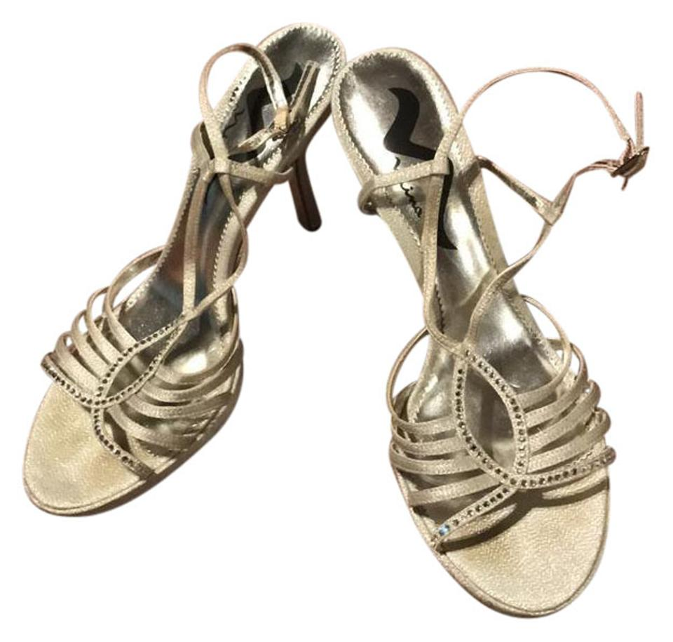 93f578416e8 Nina Silver Strappy Sandals Formal Shoes. Size  US 10 Regular (M ...