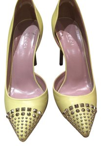 Gucci yellow, silver Pumps