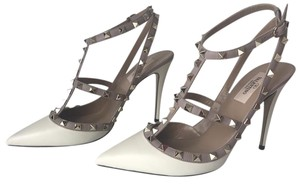 Valentino Rockstud Heels Colorblock Light Ivory Pumps