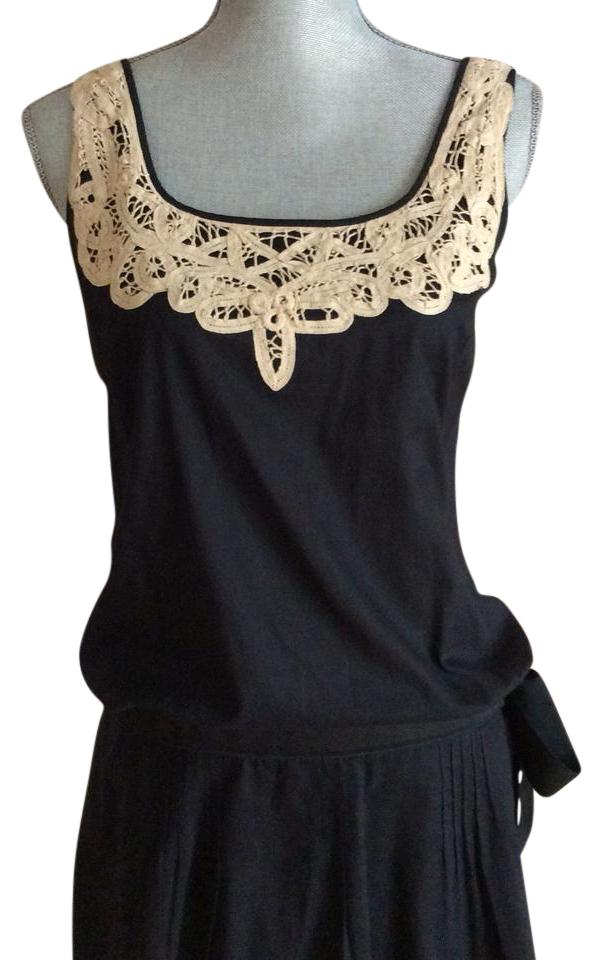 94ec2b53e23 Juicy Couture Black with Beige Lace Trim Mini  Bow Tie On A Casual Dress