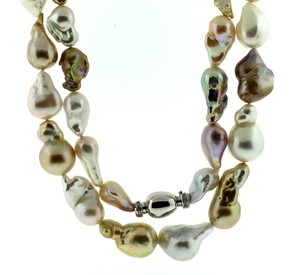 Jewels of Ocean Multicolor South Sea and freshwater necklace