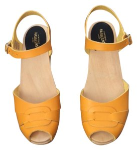 swedish hasbeens Wood Leather Sandal Chunky Yellow Mules