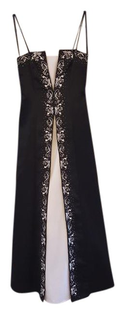 Item - Black and White Spaghetti Strap Gown Long Formal Dress Size 6 (S)