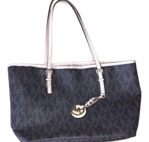 Michael Kors Designer Tote in Brown