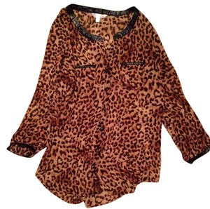 Charming Charlie Top Cheetah Print