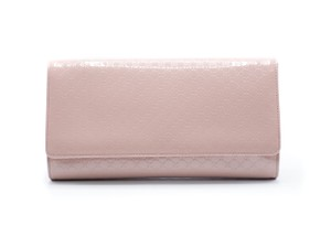 Gucci Evening Night Out Patent Leather nude Clutch