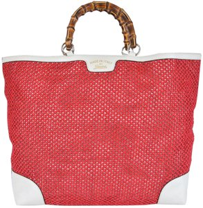 Gucci Straw Tote in Raspberry