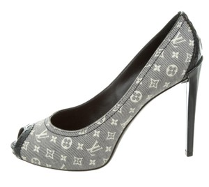 Louis Vuitton Denim Idylle Lv Monogram Peep Toe Platform Blue, Beige Pumps