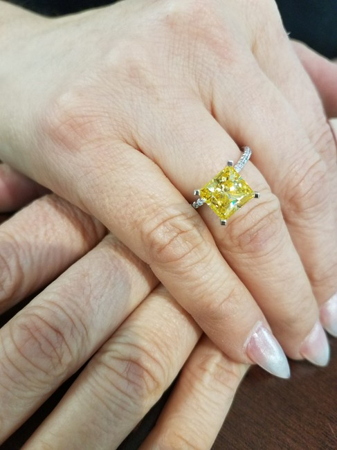 Item - White Gold Hand Made 3ct Instance Yellow Princess Center Stone Engagement Ring