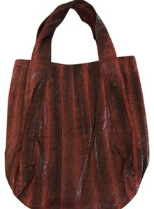 Beirn Tote in Raspberry