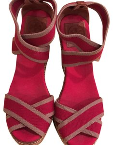 Tory Burch red and beige Wedges