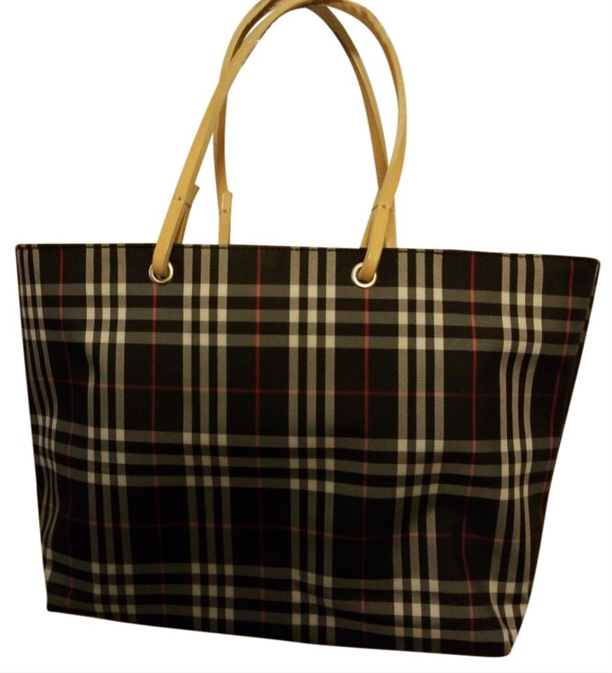 8452ad1b72 Burberry Small Black Plaid Tote Nylon Shoulder Bag - Tradesy