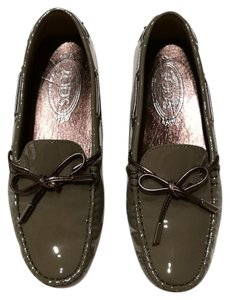 Tod's Patent Leather Gommino Driving Olive Olive Gray Flats