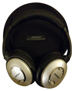 Bose Bose noise cancelling head phones