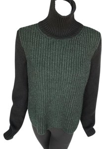 Cline Cashemere Colorblock Neck Sweater