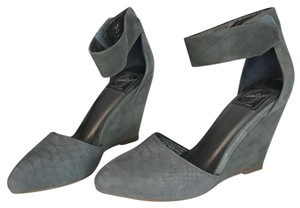 Jeffrey Campbell moss green/gray Wedges