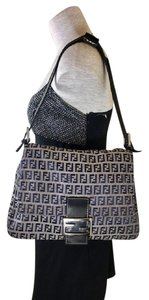 Fendi Popular Perfect For Everyday Excellent Condition 'mamma Zucco' Style Shoulder Bag